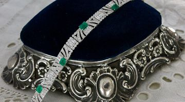 Retro Emerald & Diamond Line Style Bracelet