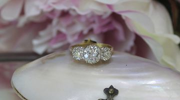 *DEPOSIT TAKEN*  18ct Y/G Antique Trilogy Ring