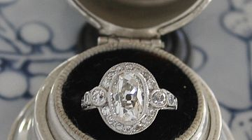 2.00ct Old European Oval Cut Diamond Ring