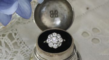 Antique, Victorian Silver Set Diamond Daisy Ring