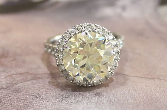 Round Transitional Cut 6.60ct Diamond Ring